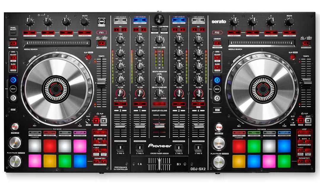 Cele mai bune controllere DJ pentru Serato - Pioneer DDJ SX2