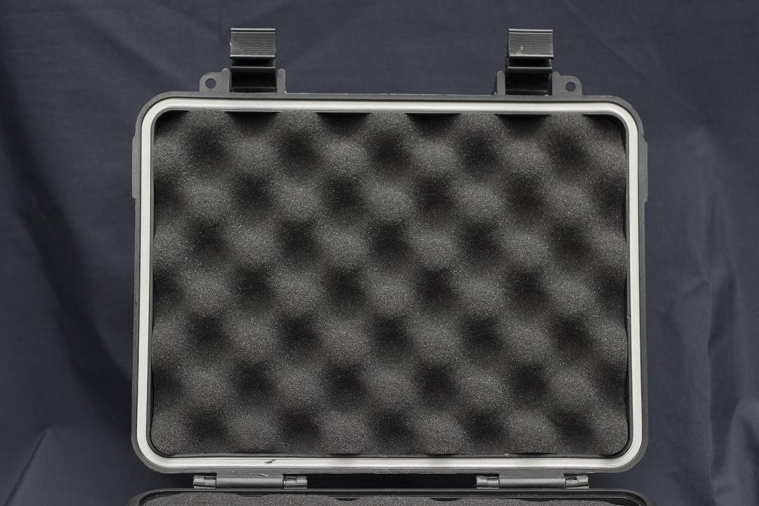 Daily Case - Case-uri de protectie multifunctionale interior capac