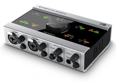 Top 13 interfete audio pana in 1000 de lei - Native Instruments Audio 6