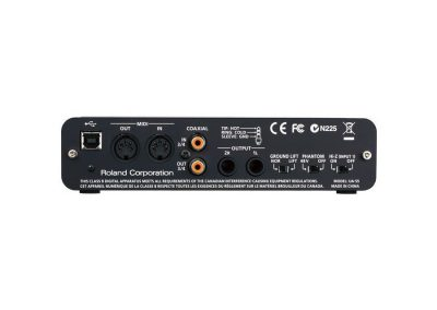 Top 13 interfete audio pana in 1000 de lei - Roland Quad-Capture spate