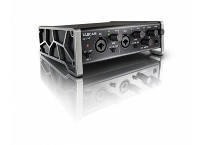Top 13 interfete audio pana in 1000 de lei - Tascam US 2x2