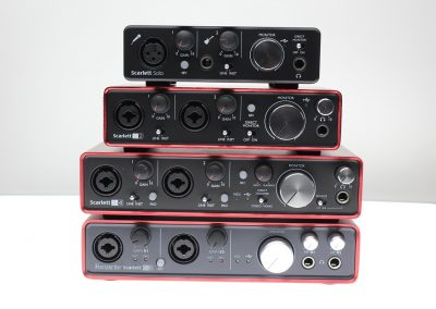 Top 13 interfete audio pana in 1000 de lei - Focusrite Scarlett fata