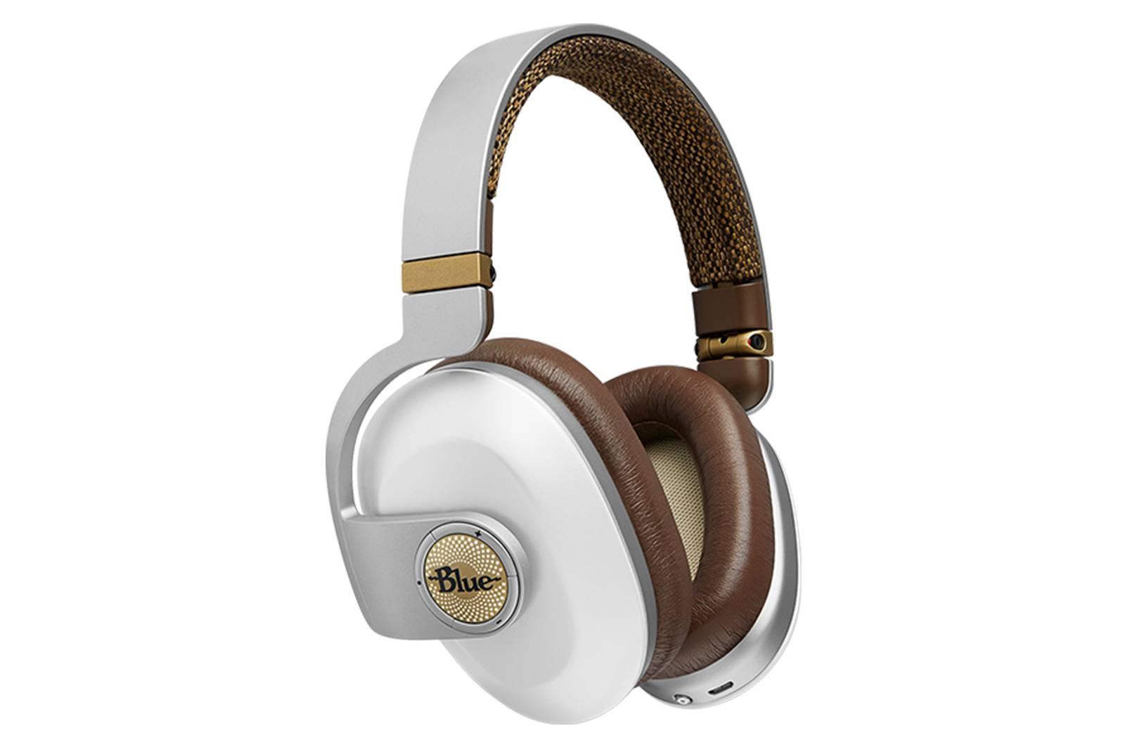 Blue Microphones Satellite - Casti Hi-FI pentru experiente acustice deosebite